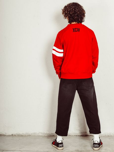 Logo crewneck red