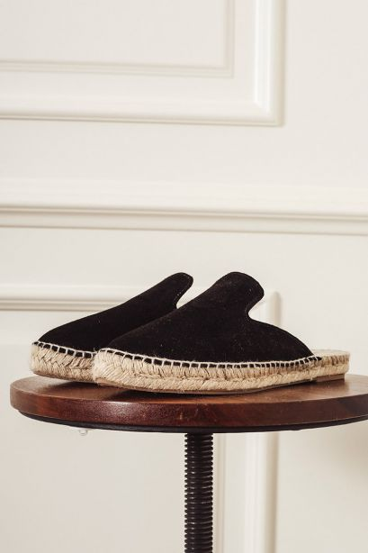 MANEBI' Mules Hamptons black