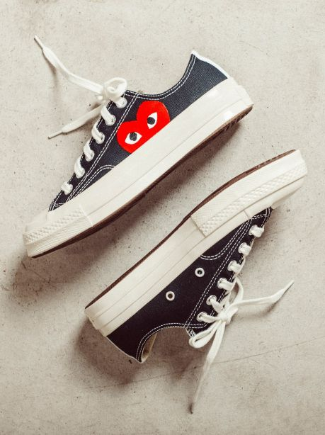Play Comme des Garçons x Converse Red Heart Chuck Taylor All Star '70 Low (Black)